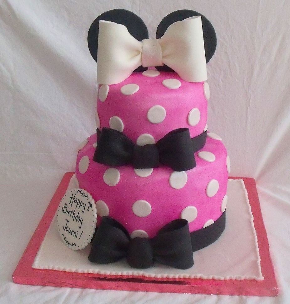 Minnie Mouse Pink Fondant Birthday Cake for Girl front view