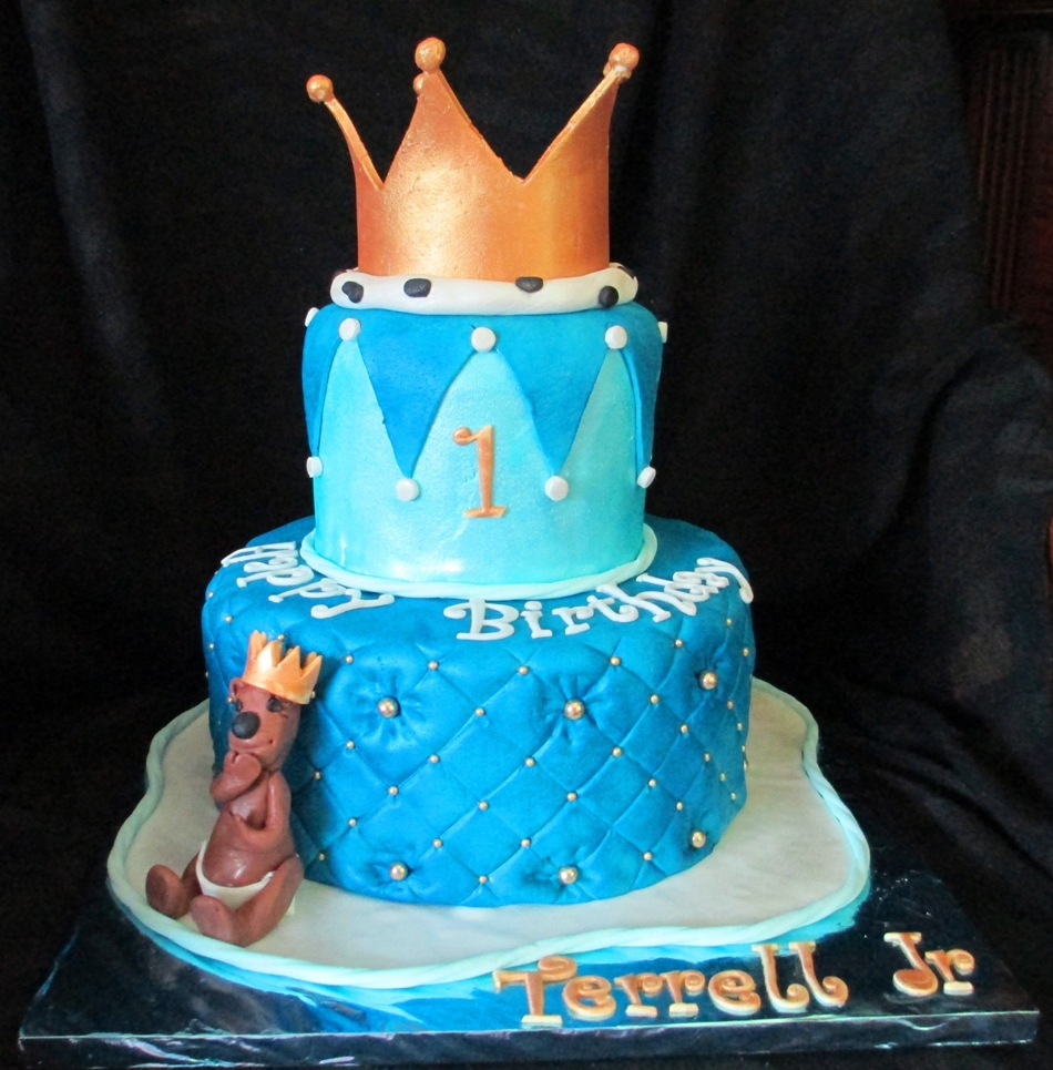 Baby Boy First Birthday Crown For A King Fondant Cake With