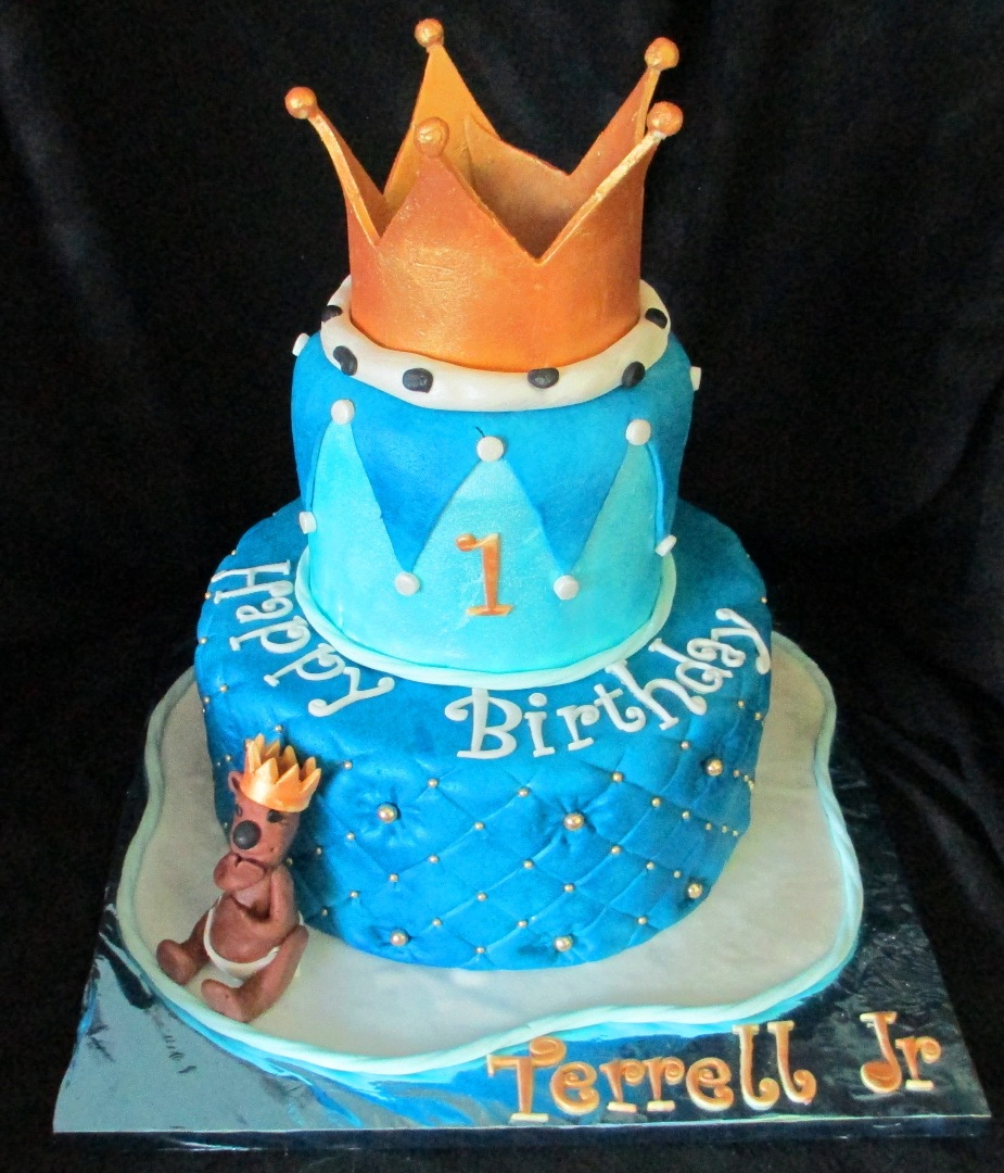Baby Boy First Birthday Crown For A King Fondant Cake With Gumpaste