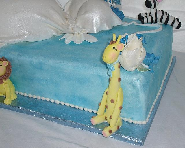 Pregnant Baby Shower Cake close up of gumpaste Giraffe