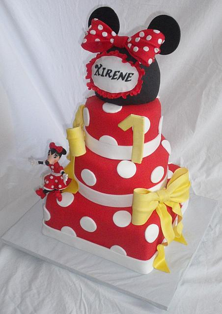 Minnie Mouse Theme Fondant Cake With Edible Mouse Hat and Edible Gumpaste Minnie Mouse Figurine view 2