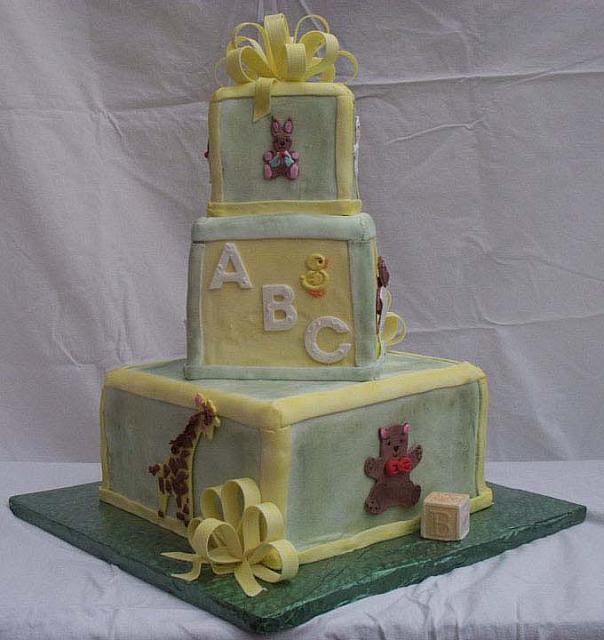 Baby Shower Cake With Edible Animals View 2