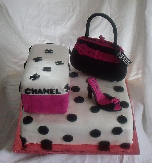 Hot Pink and Black Polka dot Shoebox, Purse, Shoe Cake front view