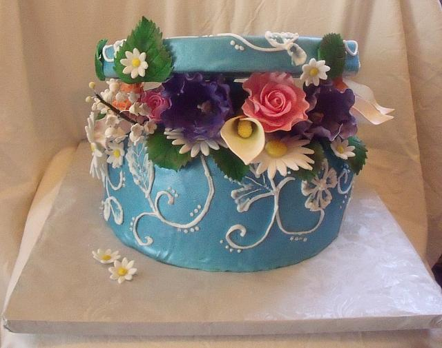 PresentCakeWithColorfulFlowers3
