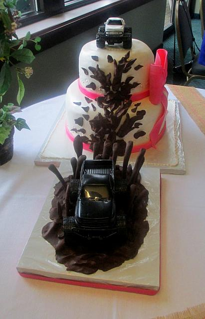 Wedding Cake Plastic Truck Splashing Mud Top View