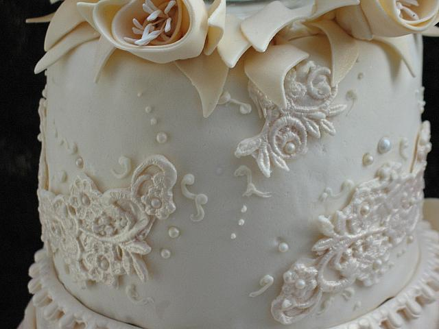 Edible Gumpaste Ivory Lace with Edible Pearls Closeup 2