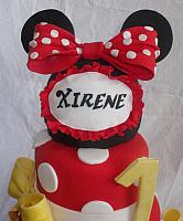 Edible Minnie Mouse Hat Decoration Close Up