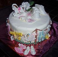 Courtenay Wilson's baby shower cake