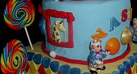 Circus Or Carnival Theme Tiered Cake Lion Giraffe Close Up