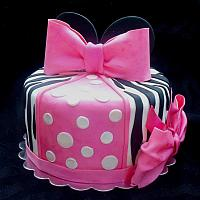 Minnie Mouse Theme Single Tiered Fondant Cake