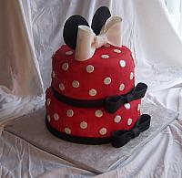 Minnie Mouse Cake Side view
