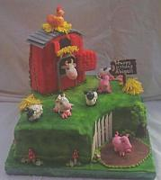 Farm Cake With Barn And Animals - another view of whole cake