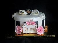 Black and White Hat Box Cake for Duna M.