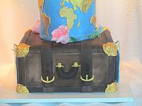 TravelCakeSuitcaseLayer