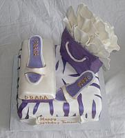 ShoeShoppingBagPurpleWhiteTopView