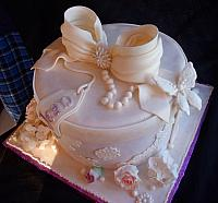 Victorian Themed Hat Box Fondant Cake view 2