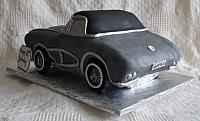 1962 Corvette Sports Car Cake rear